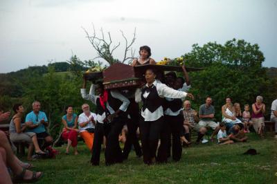 Le cercueil L1031159