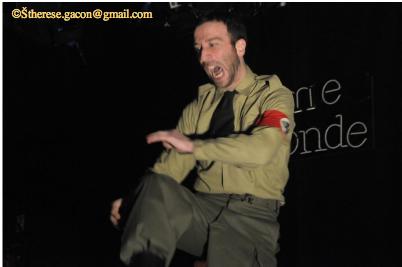 Le Nazi et le barbier dsc_0593