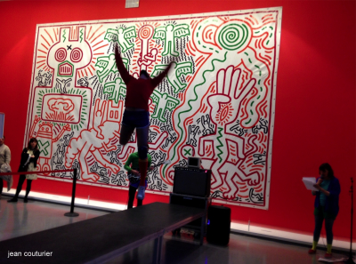 Chaillot Nomade - Keith Haring-The political line. kh