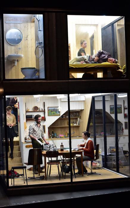 trois-soeurs03-17-18-c-sandra-then-theater-basel