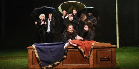 Theatre-les-Chiens-de-Navarre-sont-enrages