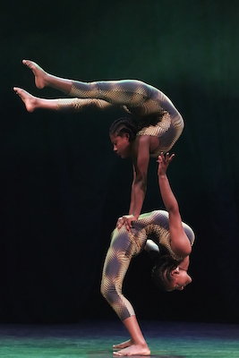Circus-Abyssinia-Contortion1-Photo-Credit-Andy-Phillipson-uai-2064x3096