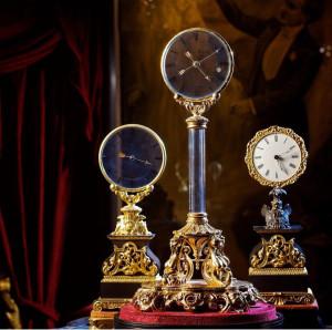 Les horloges mystérieuses de J-E. Robert- Houdin (Crédit  The David Copperfied Collection Museum)